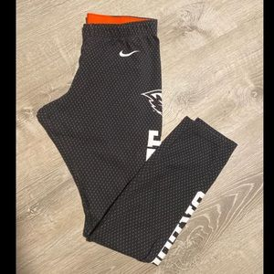 Nike Oregon state leggings size Large